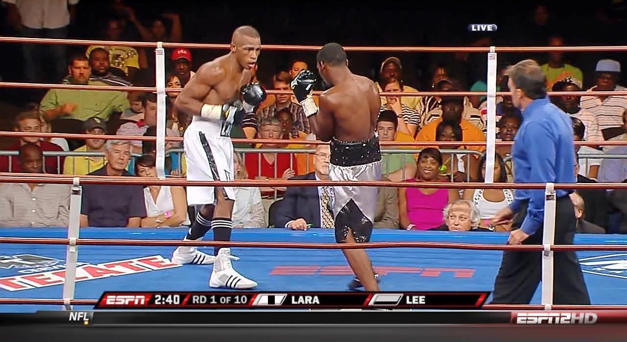 Erislandy Lara vs. Willie Lee